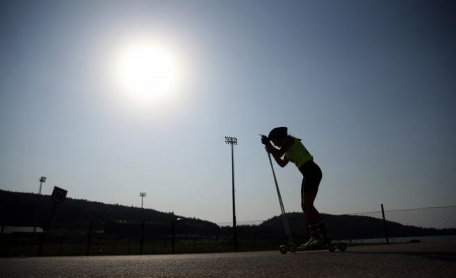 Uluslararası Tekerlekli Kayak Yarışları devam ediyor.