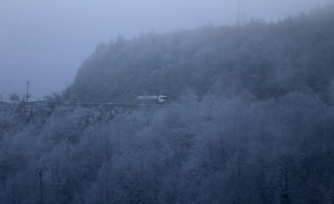 Bolu Dağı kesiminde sis etkili oluyor