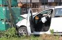 Savrulan otomobil bahçe'ye daldı; 4 yaralı