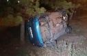 Yoldan çıkan otomobil takla atarak ağaçlara takıldı