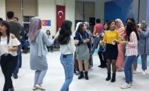 """Uluslararası öğrenciler """"Kültürel Gece""""de bir araya geldi"""