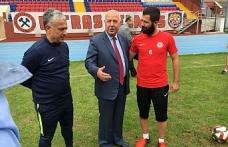Akdemir'den Zonguldakspor'lu futbolculara ziyaret