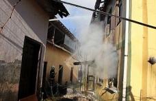 Düzce'de feci yangın 1 kişi hayatını kaybetti