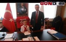 Başkan Alan koltuğunu devretti