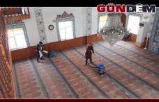 Gülüç'te camiler temizliyor
