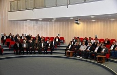 Yeniceli muhtarlara görevleri ile ilgili eğitim semineri verildi