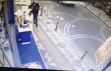 Anne ve kızının yaralanma anı güvenlik kamerasında