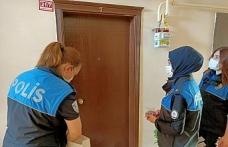Toplum destekli polislerden, çocuklara bayram şekeri