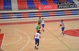 U14 Erkekler Bölge Şampiyonası Karabük'te başladı