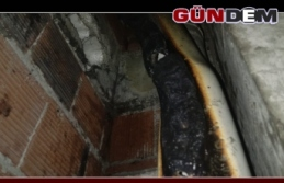 Apartman boşluğunda çıkan yangın korkuttu!..