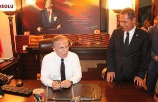 """Mehmet Ali Şahin'den """"başbakan"""" sözüne tepki"""