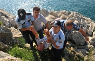 İntihara kalkışan şahsı polis kurtardı