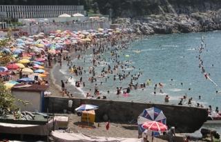 50 kişi boğulmaktan kurtarıldı
