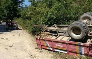 Traktör römorku devrildi, bir çocuk hayatını...