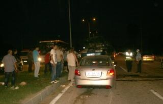 Trafik kazalarında 2´si çocuk 11 kişi yaralandı