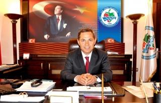 Uysal'dan Cumhurbaşbanı Erdoğan ve Başbakan Davutoğlu'na...
