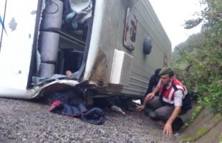Funda Arar konserine giden öğrenciler kaza yaptı:...