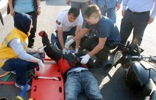 Ereğli´de, tır motosikletle çarpıştı:...