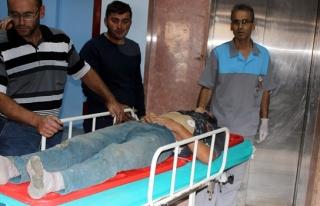 Apartmanın çatısından düşen işçi yaralandı