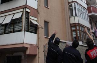 Bir yaşındaki çocuk 7. kattan düştü, hayati...