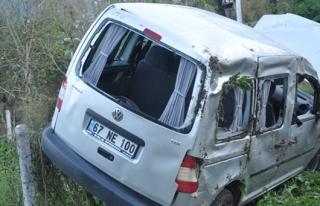 Trafik kazası: 1 ölü, 5 yaralı