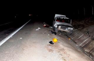 Kız öğrenciye çarpan otomobil takla attı: 3 yaralı