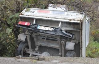 Arkasından araç çarptı, 3 metre yükseklikten...