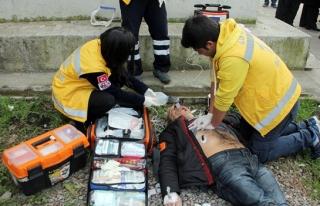 Eski futbolcu yolda kalp krizi geçirip öldü