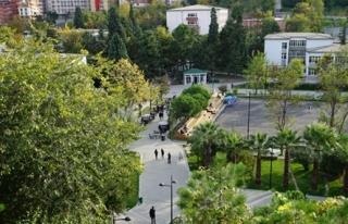 Bülent Ecevit Üniversitesi yeniden Türkiye Birincisi...
