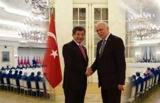 Bayraktar, Başbakan Davutoğlu'nun istişare toplantısına...