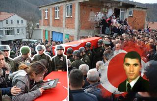 Zonguldak halkı şehidini son yolculuğunda yalnız...