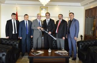 Başkan Demirciden, Rektör Özer'e ziyaret