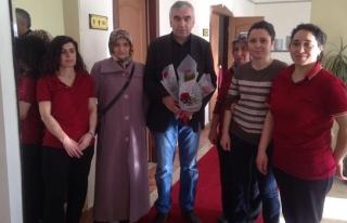 Demirci'den GMİS bayan çalışanlarına 8 Mart...