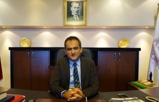 Rektör Özer'den 14 Mart Tıp Bayramı mesajı