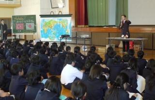 Japon öğrencilere Türkiye-Japonya ilişkilerinin...