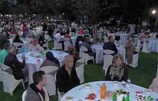 Standard Profil ailesi iftarlarda bir araya geldi
