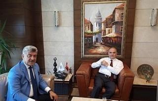 Başkan Yiğit, Bakan Özlü ile yatırımları değerlendirdi