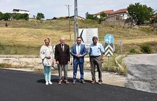 Vali Çeber, yapımı biten sıcak asfalt yollarını...