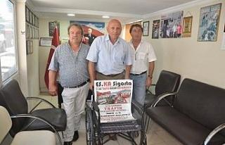 Tekerlekli sandalye bağışladılar...