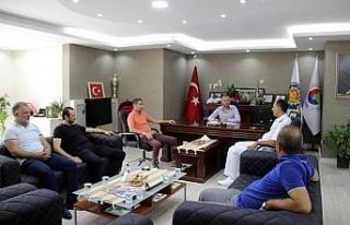 Tuğ Amiral Manioğlu, veda ziyaretlerine başladı!..