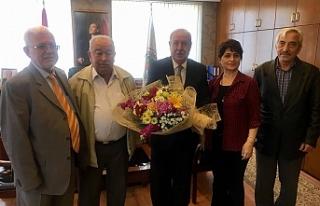 Emeklilerden Akdemir'e ziyaret