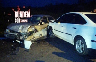 Kayganlaşan Yolda Otomobiller Çarpıştı: 4 yaralı