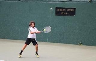 14 Yaş Tenis Turnuvası Başladı!..