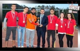BEÜ'de Voleybol Turnuvası