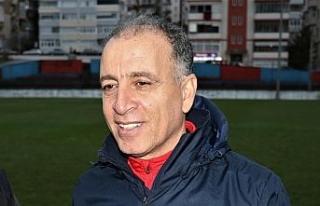"""Taner Öcal: """"Hedefimiz iyi futbol iyi sonuç"""""""