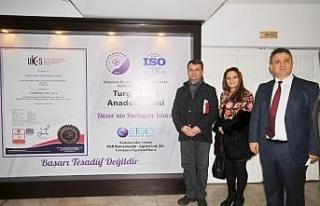Düzce Turgut Özal kalitesini belgeledi