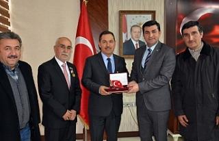 Genel Başkan Işık, Uysal'ı ziyaret etti
