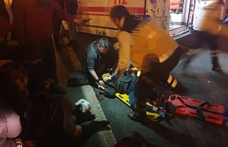 Kamyonetle otomobil çarpıştı: Ağır yaralı var