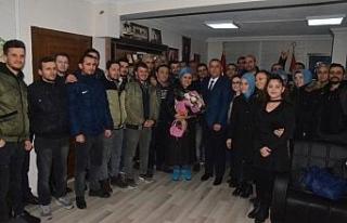 MHP'li başkan adayı Bıyık'a işçilerden destek