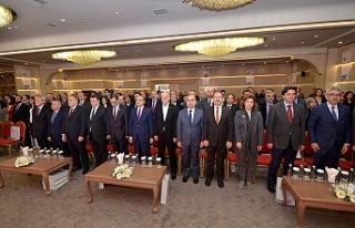 Türk-İş'ten Türk Hukukunda Sendikal Haklar Sempozyumu